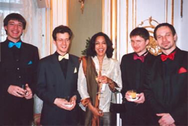 Wien - Hofburg - Fest zur Überreichung des Großen Goldenden Ehrenzeichens an Dr. Johann Rzeszüt (OGH Präsident) - Cameleon Quartett - Dezember 2006